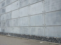 Large Concrete Wall East London, LB Thurrock